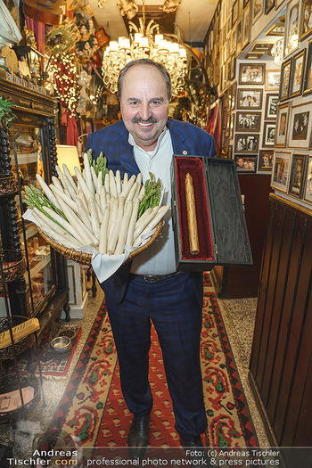 Verleihung Goldener Spargel - Marchfelderhof - Mo 31.05.2021 - Johann LAFER19