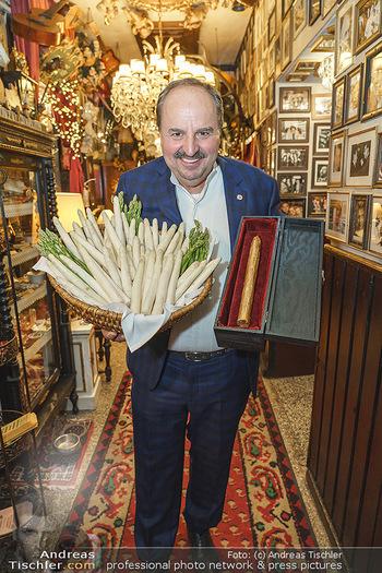 Verleihung Goldener Spargel - Marchfelderhof - Mo 31.05.2021 - Johann LAFER21