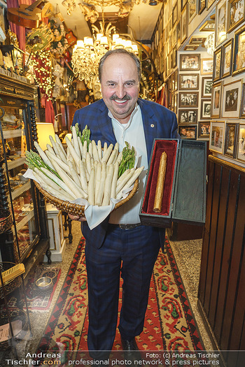 Verleihung Goldener Spargel - Marchfelderhof - Mo 31.05.2021 - Johann LAFER22