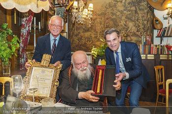 Verleihung Goldener Spargel - Marchfelderhof - Mo 31.05.2021 - Hermann NITSCH, Johann LAFER, Peter GROSSMANN26