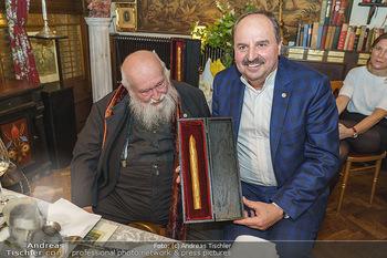 Verleihung Goldener Spargel - Marchfelderhof - Mo 31.05.2021 - Hermann NITSCH, Johann LAFER27
