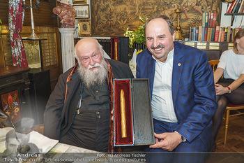 Verleihung Goldener Spargel - Marchfelderhof - Mo 31.05.2021 - Hermann NITSCH, Johann LAFER30