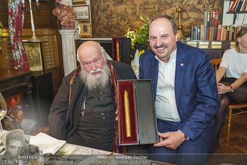 Verleihung Goldener Spargel - Marchfelderhof - Mo 31.05.2021 - Hermann NITSCH, Johann LAFER33