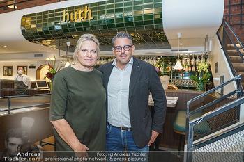 Wiedereröffnung - Huth Gastwirtschaft - Mo 31.05.2021 - Gabriele und Robert HUTH2