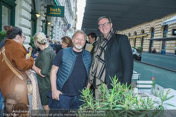 Wiedereröffnung - Huth Gastwirtschaft - Mo 31.05.2021 - Peter GOACH, Roland HAMBERGER14