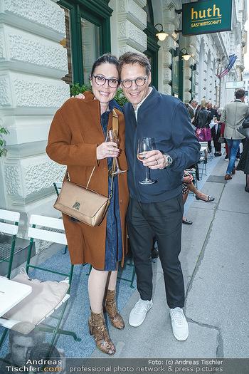 Wiedereröffnung - Huth Gastwirtschaft - Mo 31.05.2021 - Claudia OSZWALD, Jochen PREISS20