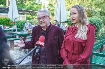 Buchpräsentation Mucha & Sommer - Schreiberhaus - Di 01.06.2021 - Ekaterina und Christian MUCHA9