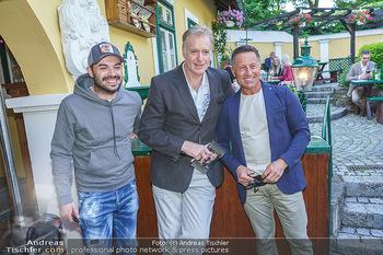 Buchpräsentation Mucha & Sommer - Schreiberhaus - Di 01.06.2021 - Hans ENN mit Sohn Daniel, Albert FORTELL30