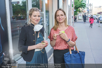 Kinopremiere ´Sargnagel - Der Film´ - Votivkino, Wien - Di 01.06.2021 - Hilde DALIK, Mirjam (Miriam) UNGER9