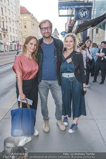 Kinopremiere ´Sargnagel - Der Film´ - Votivkino, Wien - Di 01.06.2021 - Hilde DALIK, Mirjam (Miriam) UNGER, Alexander JAGSCH13