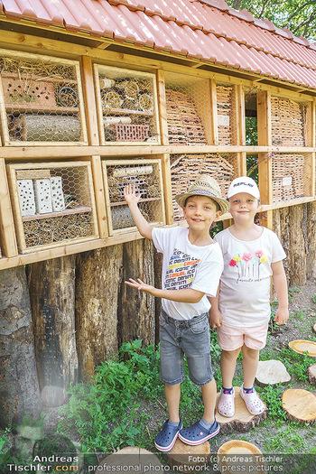 Wildbienen Hotel Eröffnung - Seehof, Donnerskirchen - Sa 05.06.2021 - Kinder haben Teile des Insektenhotels in der Schule gebaut15