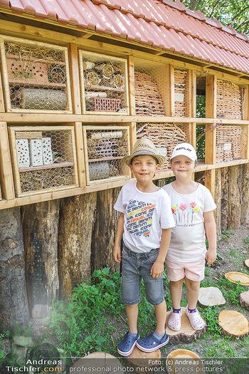 Wildbienen Hotel Eröffnung - Seehof, Donnerskirchen - Sa 05.06.2021 - Kinder haben Teile des Insektenhotels in der Schule gebaut16