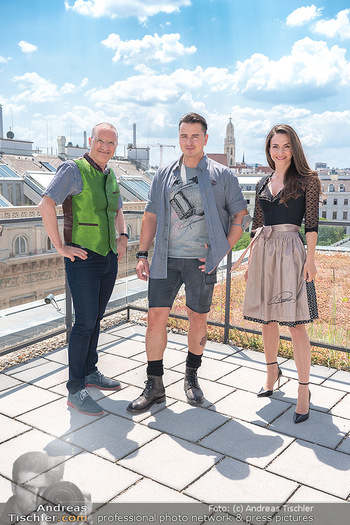 Andreas Gabalier für OTTO - K47, Wien - Di 08.06.2021 - Andreas GABALIER, Harald GUTSCHI, Kimberly BUDINSKY12