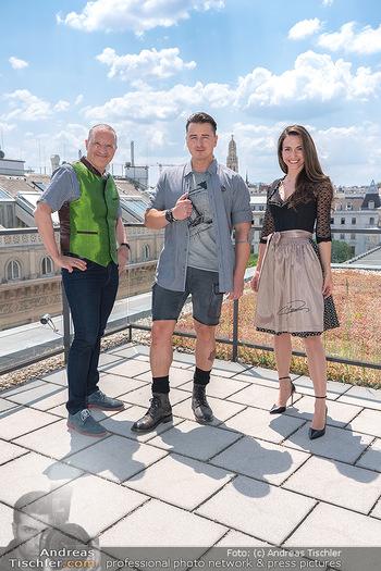 Andreas Gabalier für OTTO - K47, Wien - Di 08.06.2021 - Andreas GABALIER, Harald GUTSCHI, Kimberly BUDINSKY13