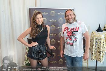 Lili Paul-Roncalli für Magnum - MQ Libelle, Wien - Do 10.06.2021 - Lili PAUL-RONCALLI interviewt von Rene WASTLER8