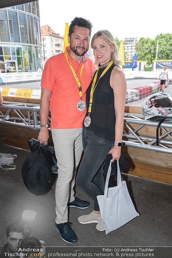 Art of Cart Formular Gastronomie - Ottakringer Brauerei, Wien - Sa 12.06.2021 - Damian IZDEBSKI mit Freundin Nadine37
