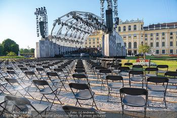 Sommernachtskonzert 2021 - Schönbrunn, Wien - Fr 18.06.2021 - covid19-konforme Bestuhlung, Sitze mit Abstand für das Publikum3
