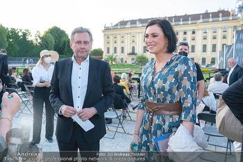 Sommernachtskonzert 2021 - Schönbrunn, Wien - Fr 18.06.2021 - Elisabeth KÖSTINGER, Alexander WRABETZ28