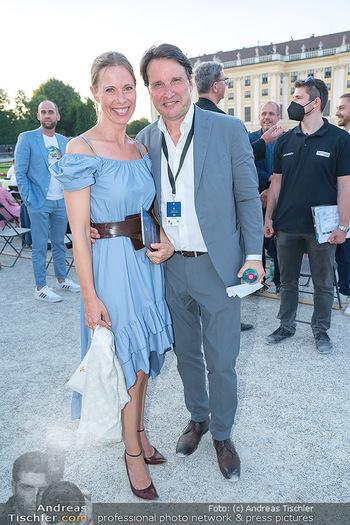 Sommernachtskonzert 2021 - Schönbrunn, Wien - Fr 18.06.2021 - Martin und Gloria TRAXL38