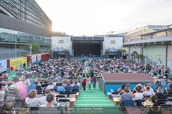 Kultursommer Opening - Globe Wien Open Air - So 20.06.2021 - Publikum, Zuschauer, Gäste, corona-konforme Sitzplatzverteilung43