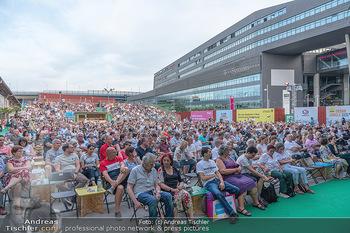 Kultursommer Opening - Globe Wien Open Air - So 20.06.2021 - Publikum, Zuschauer, Gäste, corona-konforme Sitzplatzverteilung46