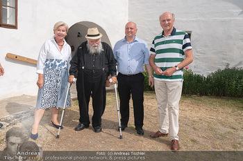 Hilfe im eigenen Land Charity - Brandlhof, Radlbrunn Nö - Do 24.06.2021 - Sissi PRÖLL, Hermann NITSCH, Erwin PRÖLL, Andreas UBL11