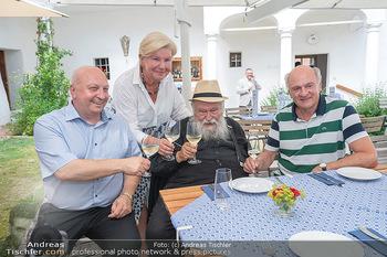Hilfe im eigenen Land Charity - Brandlhof, Radlbrunn Nö - Do 24.06.2021 - Sissi PRÖLL, Hermann NITSCH, Erwin PRÖLL, Andreas UBL15