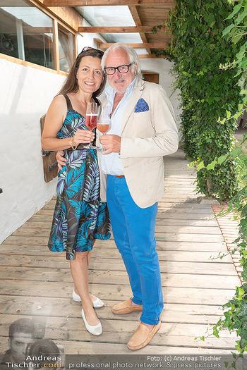 Hilfe im eigenen Land Charity - Brandlhof, Radlbrunn Nö - Do 24.06.2021 - Michael SCHOTTENBERG mit Freundin Claire24