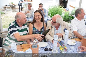 Hilfe im eigenen Land Charity - Brandlhof, Radlbrunn Nö - Do 24.06.2021 - Michael SCHOTTENBERG mit Freundin Claire, Erwin PRÖLL32