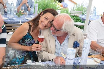 Hilfe im eigenen Land Charity - Brandlhof, Radlbrunn Nö - Do 24.06.2021 - Michael SCHOTTENBERG mit Freundin Claire34