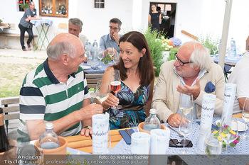 Hilfe im eigenen Land Charity - Brandlhof, Radlbrunn Nö - Do 24.06.2021 - Michael SCHOTTENBERG mit Freundin Claire, Erwin PRÖLL36
