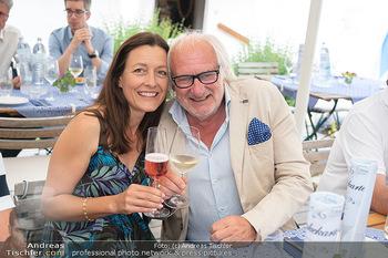 Hilfe im eigenen Land Charity - Brandlhof, Radlbrunn Nö - Do 24.06.2021 - Michael SCHOTTENBERG mit Freundin Claire37