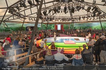 Sommernachtskomödie - Unwetter - Rosenburg, Niederösterreich - Do 24.06.2021 - Innenraum Zelt, Publikumsbereich49