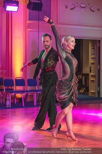 Silvia Schneider ist Tanz-Staatsmeisterin - Hotel InterContinental - Sa 26.06.2021 - Silvia SCHNEIDER, Danilo CAMPISI während Bewerbstanz35