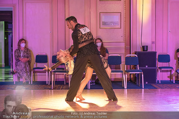 Silvia Schneider ist Tanz-Staatsmeisterin - Hotel InterContinental - Sa 26.06.2021 - Silvia SCHNEIDER, Danilo CAMPISI während Bewerbstanz45