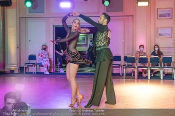 Silvia Schneider ist Tanz-Staatsmeisterin - Hotel InterContinental - Sa 26.06.2021 - Silvia SCHNEIDER, Danilo CAMPISI während Bewerbstanz46