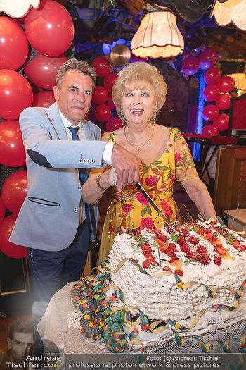 Geburtstag Birgit Sarata - Marchfelderhof - Mo 28.06.2021 - Birgit SARATA, Peter GROSSMANN71
