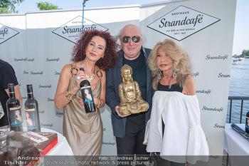 Christina Lunger Geburtstag - Strandcafe alte Donau, Wien - Di 29.06.2021 - Friedrich und Jeanine SCHILLER, Christina LUGNER8