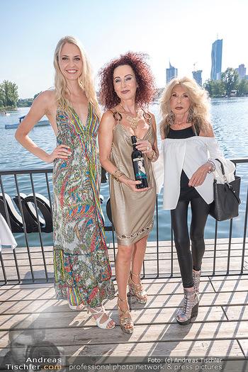 Christina Lunger Geburtstag - Strandcafe alte Donau, Wien - Di 29.06.2021 - Beatrice KÖRMER, Jeanine SCHILLER, Christina LUGNER35