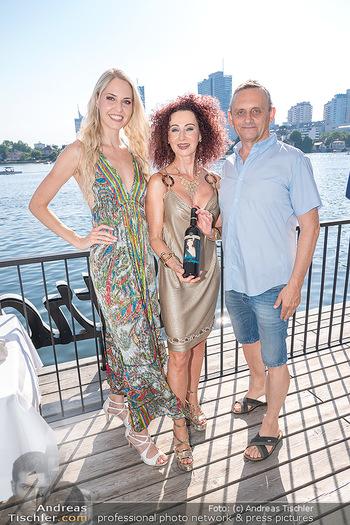 Christina Lunger Geburtstag - Strandcafe alte Donau, Wien - Di 29.06.2021 - Beatrice KÖRMER, Heimo TURIN, Christina LUGNER37