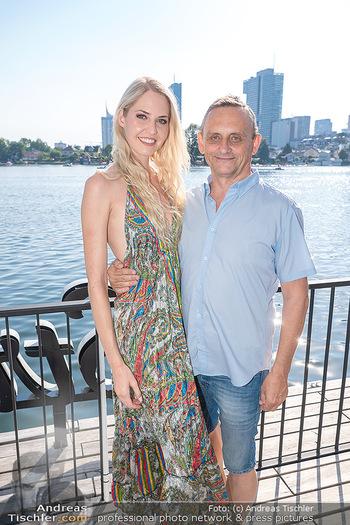 Christina Lunger Geburtstag - Strandcafe alte Donau, Wien - Di 29.06.2021 - Beatrice KÖRMER, Heimo TURIN39