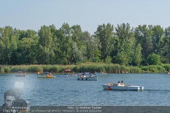 Christina Lunger Geburtstag - Strandcafe alte Donau, Wien - Di 29.06.2021 - Badegäste, baden und Bootfahren, Boote auf der alten Donau, Sky51