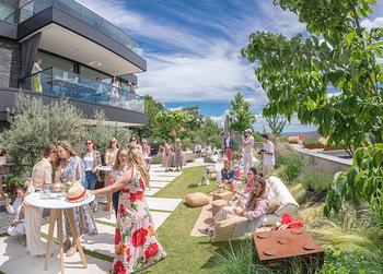 Lillet Les Ateliers Brunch - Privatvilla, Wien - Do 01.07.2021 - Sommerfest, Sommerparty auf Terrasse mit Blick über Wien105
