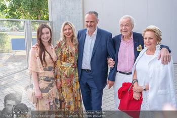 Premiere West Side Story - Mörbisch - Do 08.07.2021 - Hans Peter DOSKOZIL mit Laura und Julia, Harald und Ingeborg SER7