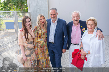 Premiere West Side Story - Mörbisch - Do 08.07.2021 - Hans Peter DOSKOZIL mit Laura und Julia, Harald und Ingeborg SER8