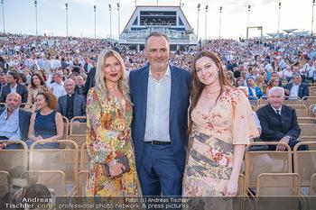 Premiere West Side Story - Mörbisch - Do 08.07.2021 - Hans Peter DOSKOZIL mit Tochter Laura und Freundin Julia JURTSCH80