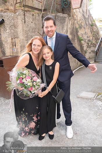 Premiere Turandot - Steinbruch St. Margarethen, Burgenland - Mi 14.07.2021 - Familie Daniel SERAFIN, Martina SERAFIN mit Tochter Elisabeth11