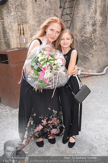 Premiere Turandot - Steinbruch St. Margarethen, Burgenland - Mi 14.07.2021 - Martina SERAFIN mit Tochter Elisabetta14