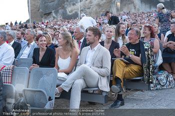 Premiere Turandot - Steinbruch St. Margarethen, Burgenland - Mi 14.07.2021 - Richard LUGNER in der 10. Sitzreihe158