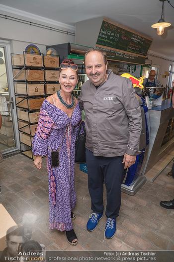 Weinbar Eröffnung - Casa del Vino, Ternitz - Do 15.07.2021 - Johann LAFER, Christina LUGNER11